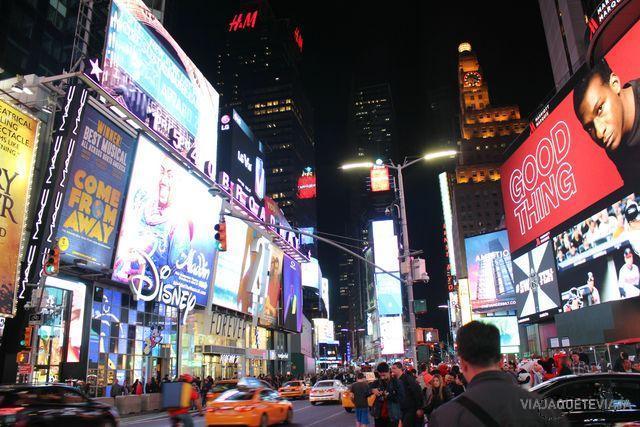 Times Square noche 1